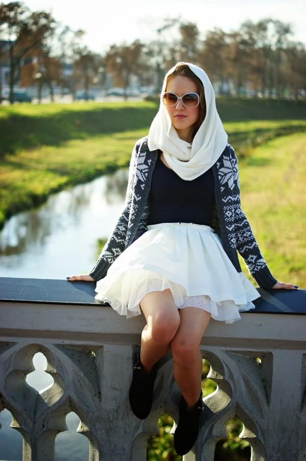 madame poupee skirt shoes blouse sunglasses sweater