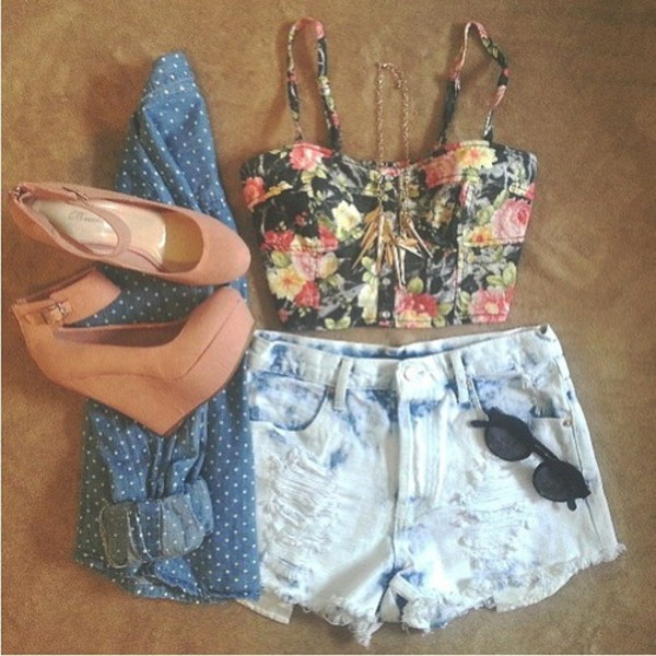 shoes beige shoes tank top shorts brown marrons top crop tops denim shorts wedges blouse polka dots sunglasses