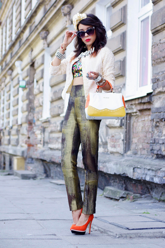 shoes t-shirt jewels bag sunglasses macademian girl jacket pants belt