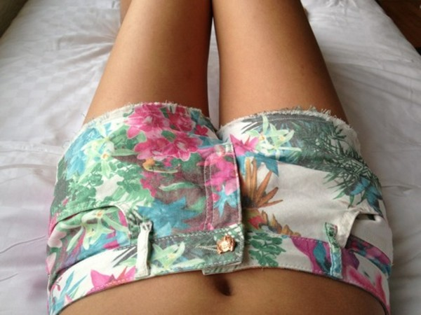 shorts pink green blue floral cut off shorts short bumshort trill