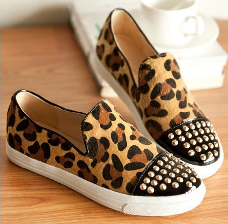 2014 Spring New  Women Sneakers Causal Leopard Flats Shoes  For Woman Canvas Shoes Fashion Rivet Female Snickers Sport  Woman-in Flats from Shoes on Aliexpress.com