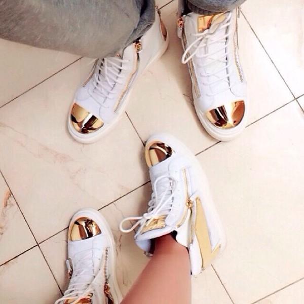 shoes gold white js