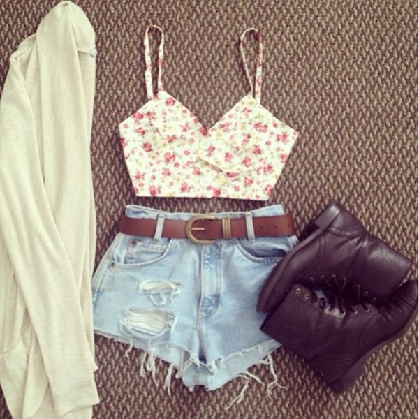 tank top crop tops floral shorts shoes light cream color red flowers cardigan
