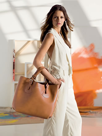 Russell & Bromley | Home