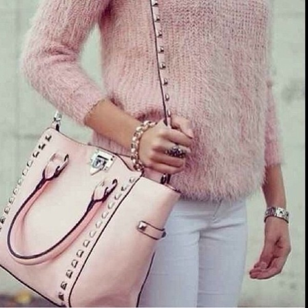 sweater bag pink soft pink christmas white jeans black baby pink studded bag rose pink bag tank top jeans studs blouse spikes fur t-shirt fall outfits winter sweater knitwear streetwear pastel