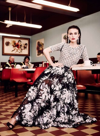 dress gown chanel keira knightley sandals editorial mules shoes embellished top