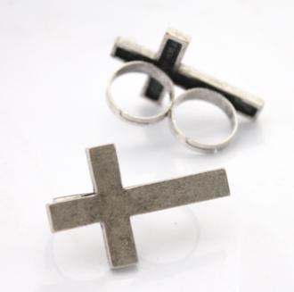 jewels crucifixies ring croix