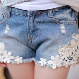 Flower Lace Shorts Jeans - Juicy Wardrobe