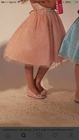 shoes pink pink shoes wedges bows bow shoes pink bow cute formal fancy event heels