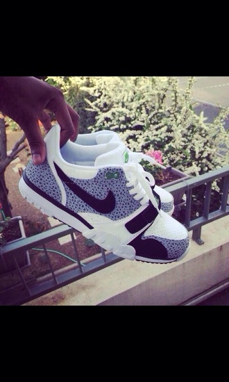 shoes nike gris girly