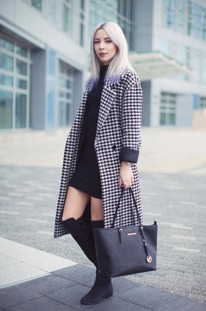 leanne lim walker blogger coat dress shoes bag jewels make-up