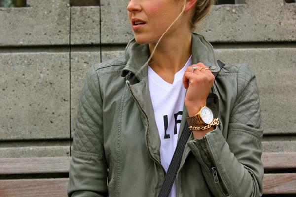 a fashion love affair t-shirt jacket jewels jeans bag shoes