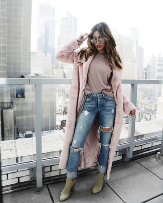 my white t blogger coat sweater shoes sunglasses pink coat winter outfits