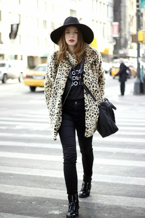 gold schnee jacket shirt jeans shoes hat bag