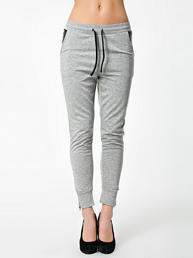Ralle Pu Sweat Pants - Only - Light Gray - Trousers & Shorts - Clothing - Women - Nelly.com Uk