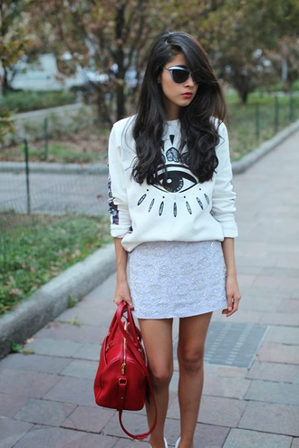 bag skirt shoes sweater chic muse