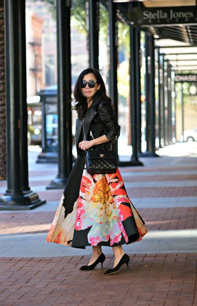 hallie daily blogger sunglasses midi skirt print perfecto skirt jacket bag shoes