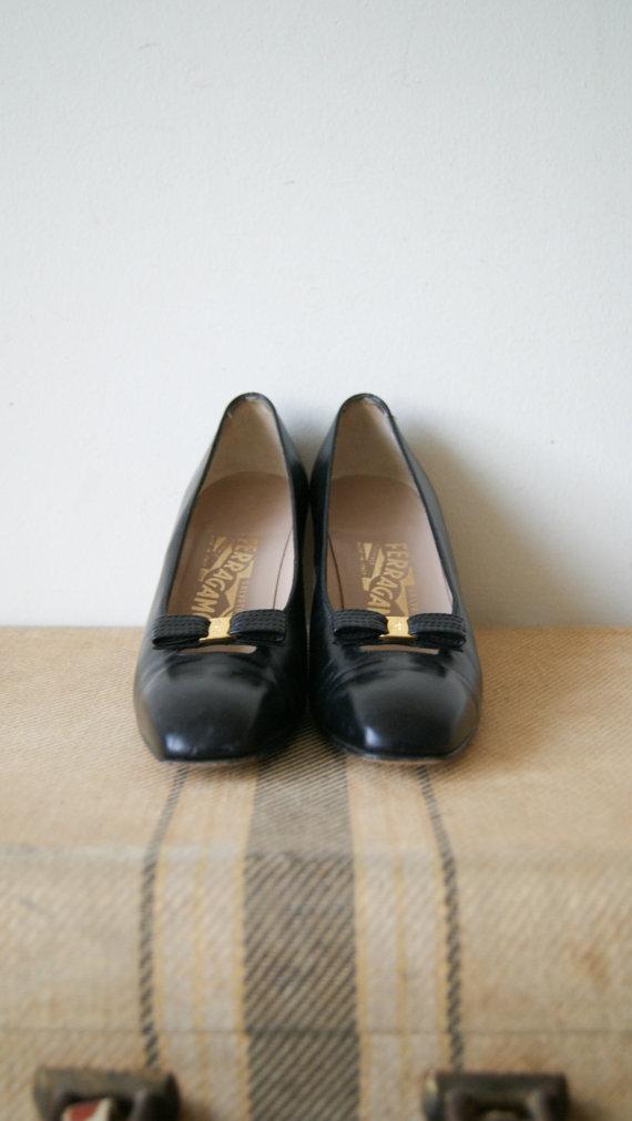 Vintage Ferragamo Shoes. Black Leather by NewOldFashionVintage