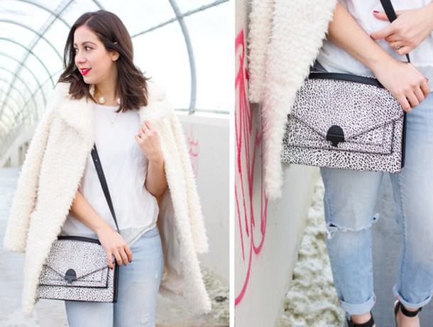 adventures in fashion blogger white coat fuzzy coat pearl satchel bag white t-shirt ripped jeans