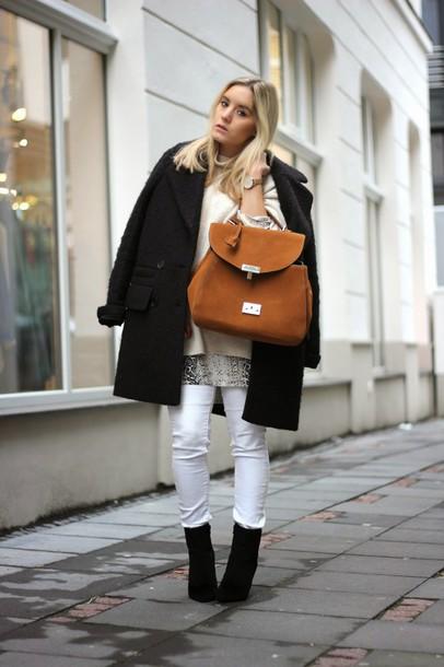 fashion twinstinct blogger sweater white jeans boyfriend coat leather bag coat pants shoes dress bag jewels