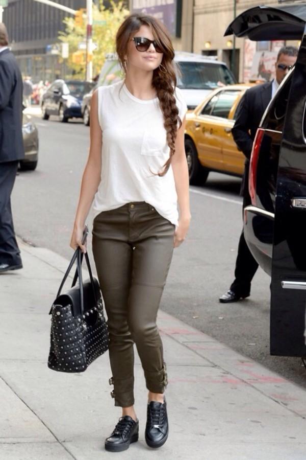 shirt selena gomez jeans bag