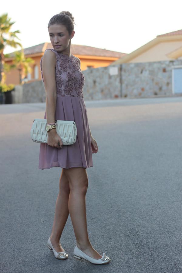 say queen dress bag shoes