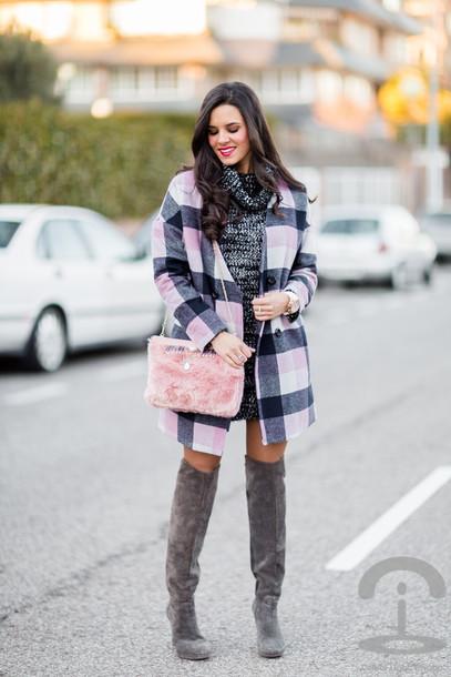 crimenes de la moda blogger coat bag thigh high boots sweater dress
