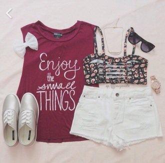 top red cute enjoythelittlethings enjoy the small thinga things quotw quote on it burgundy bow t-shirt underwear blouse floral bralette vibes jeans shorts sunglasses red top muscle tee bralette denim shorts