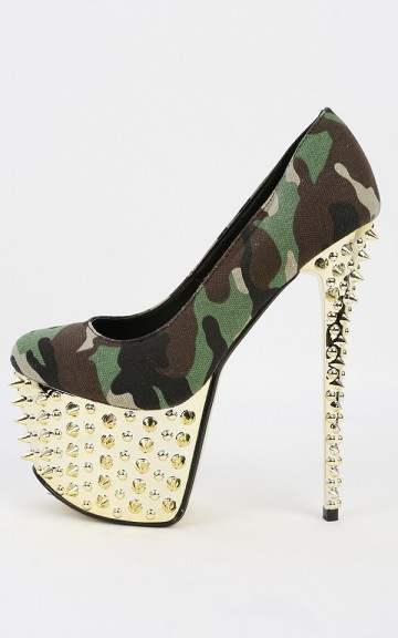 Red Kiss Jada Camouflage Spiked Pumps | MakeMeChic.com