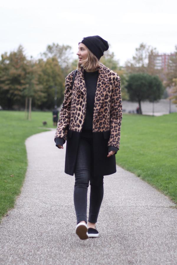 jane's sneak peak coat sweater jeans hat