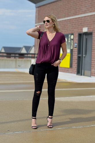 styleinasmalltown blogger top jeans shoes bag jewels sunglasses black jeans skinny jeans high heel sandals sandals