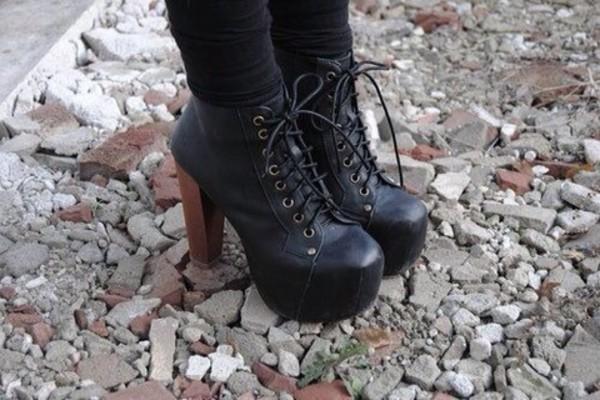 shoes black high heels high heels