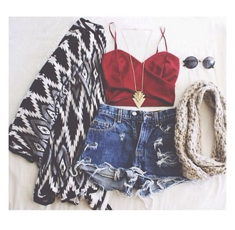 shorts jeans cardigan red chain aztec swag cute coat tank top hat jewels scarf sunglasses shirt jacket chanel style jacket crop tops cool shirts shoes denim shorts sweater tribal pattern zigzag black white black and white high waisted shorts top