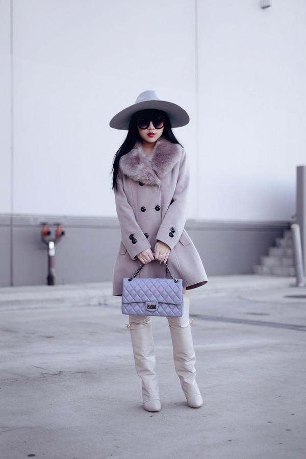 pale division make-up coat t-shirt bag shoes