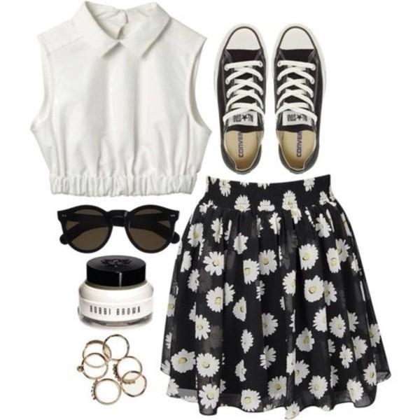 skirt daisy flowers floral black skater skirt skater summer summer outfits t-shirt