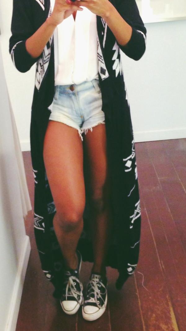 jacket cardigan aztec tribal pattern floor length blouse shorts coat sweater maxi maxi cardigan aztec sweater tribal cardigan knit comfy chill tribal cardigan long cardigan shirt black and white indie hipster soft grunge hippie spring vintage kimono long length dress black long black jacket long jacket white