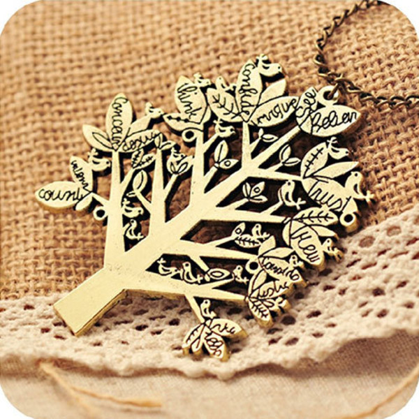 jewels fahsion necklace