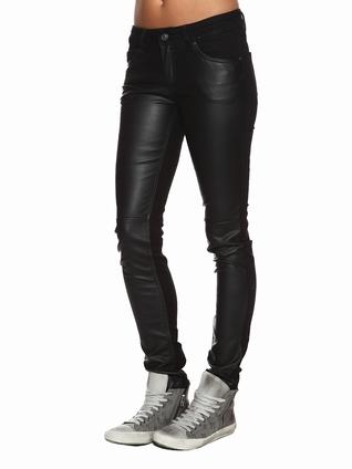 berenice mode femme pantalon jean cuir the hathaway1