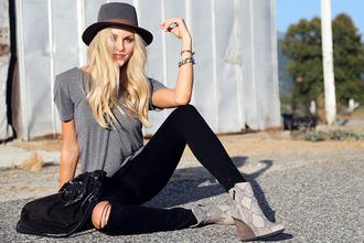 cheyenne meets chanel t-shirt jeans shoes hat jewels bag sunglasses