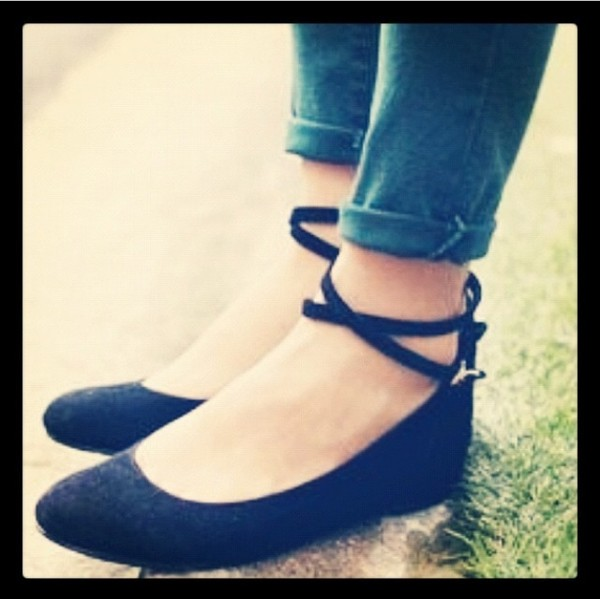 shoes black flats shoes black wedges black round to ankle strap