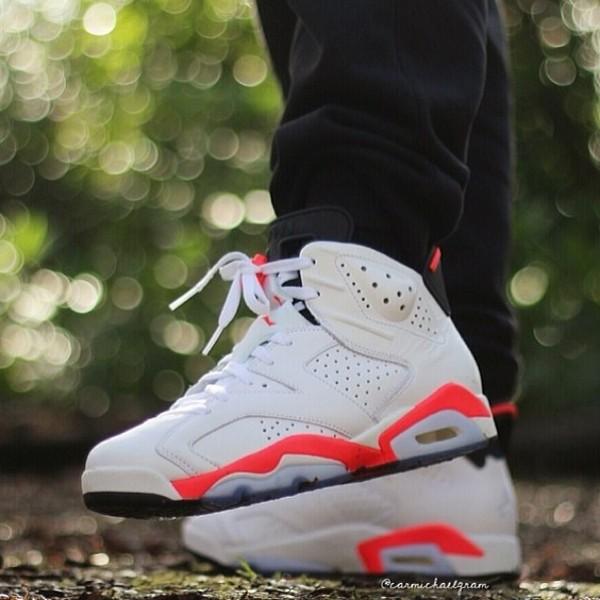shoes white/peach jordans