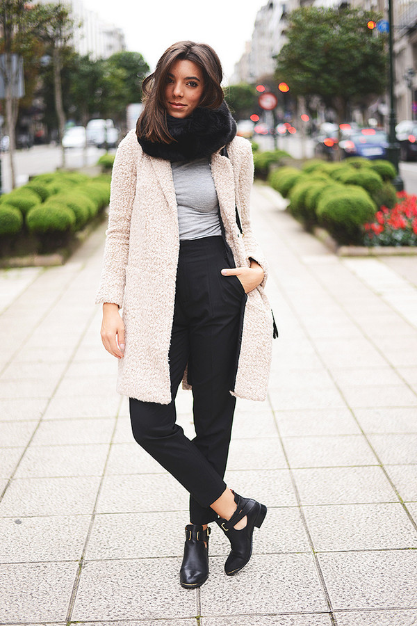 the fashion through my eyes t-shirt pants coat bag scarf shoes jeans