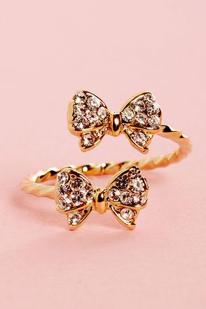 Pretty Gold Ring - Rhinestone Ring - Bow Ring - $11.00