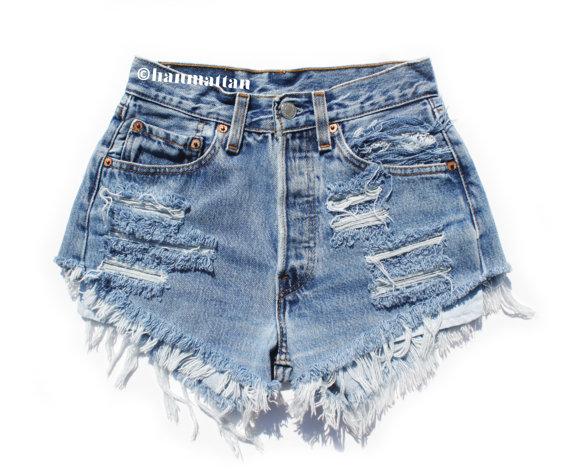 ALL SIZES PLAINO2 Vintage highwaisted denim shorts by Hanmattan
