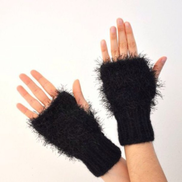 gloves fluffy