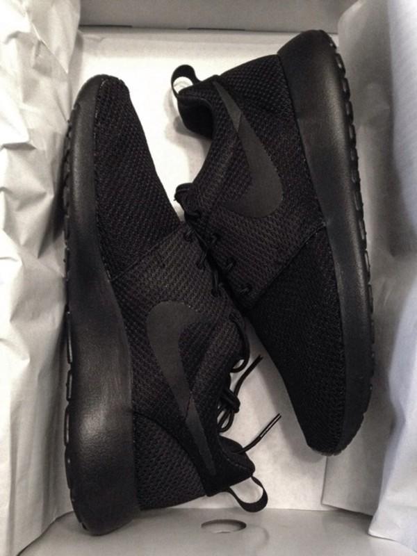 shoes black black nikes nikes nike nike roshe run sneakers black sneakers trainers nike roshe black marbel sportswear sports shoes