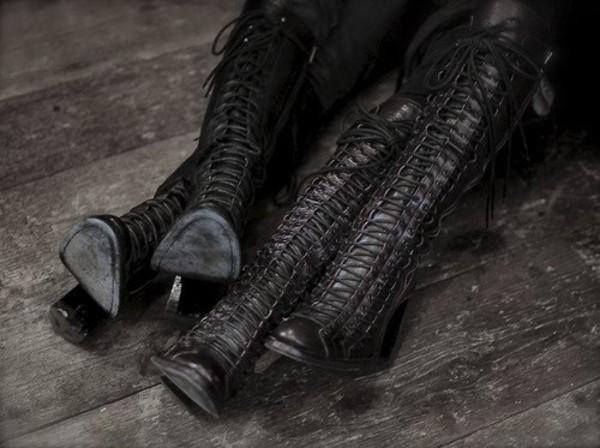 shoes lace boots