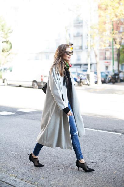 lady addict blogger coat sweater jeans sunglasses bag long coat black heels shoes