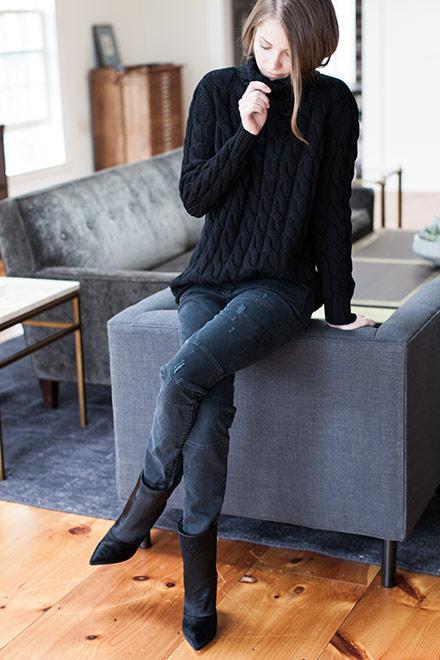 Big Knit Sweater - Black   Emerson Fry