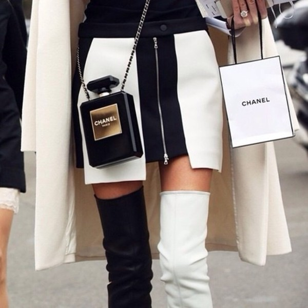 shoes black white chanel skirt zip tumblr model bag